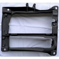 Scheinwerferrahmen rechts / Headlight case RH
