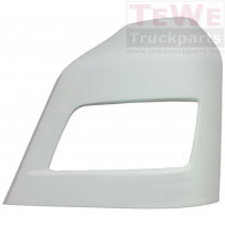 Scheinwerferabdeckung grundiert links / Headlight cover primed LH