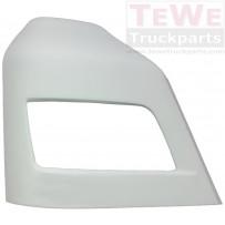 Scheinwerferabdeckung grundiert rechts / Headlight cover primed RH